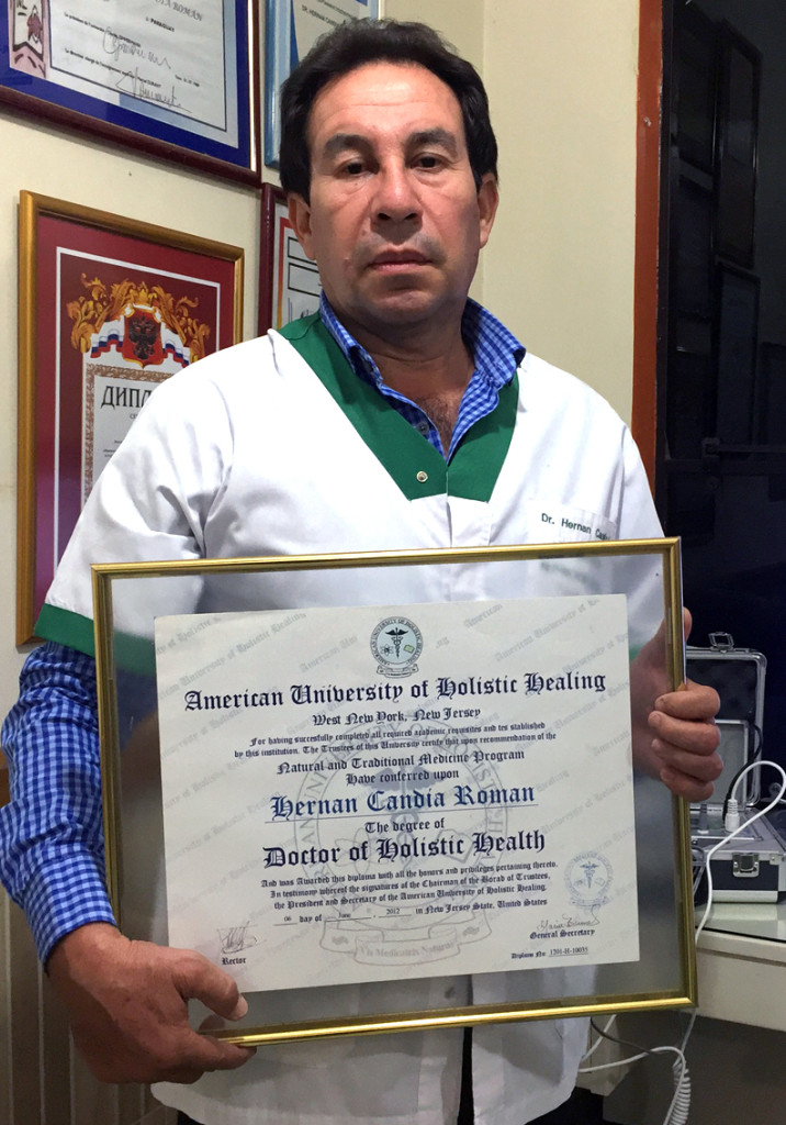 Hernán Candia Román, Doctor of Holistic Health from American University of Holistic Healing, New York - USA - Medicina Holística